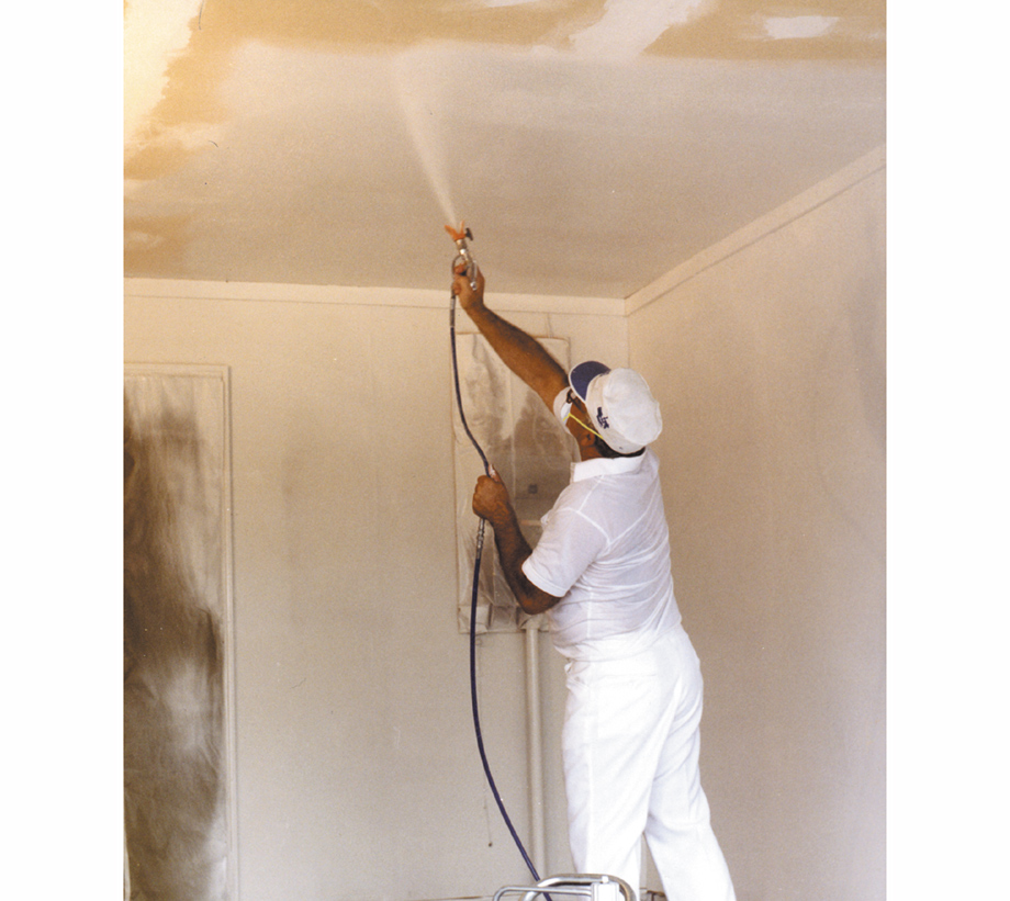 Spraying a ceiling
